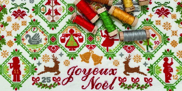 "<center><a target=""_blank"" href=""https://www.aurifil.com/wp-content/uploads/2020/11/JoyeuxNoel-SusanAche.pdf"">Joyeux Noël</a></center>"